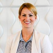 Julia Koopten,Leader IT & Service Level Management, Volkswagen Financial Services